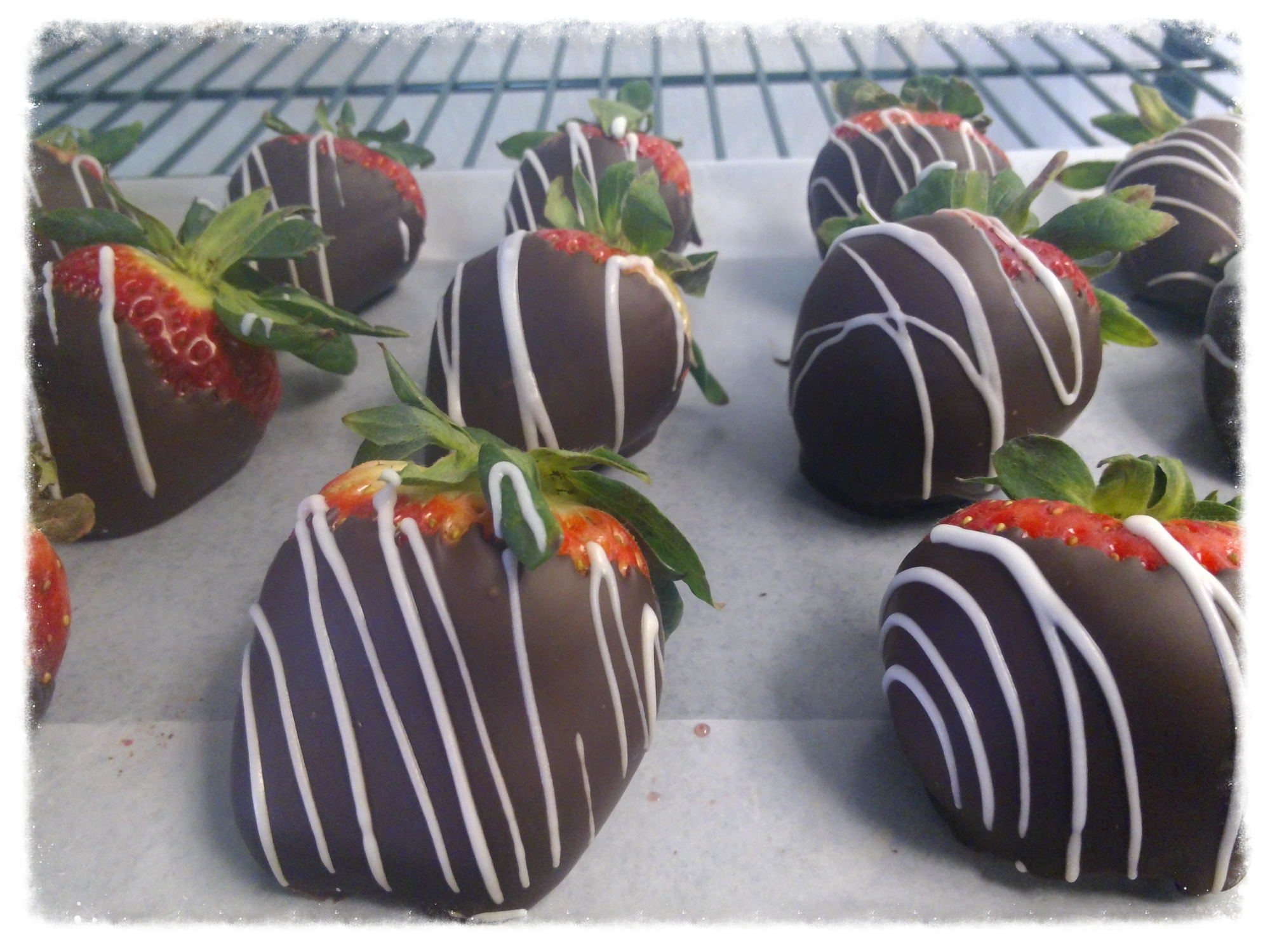 Edible Fruit Baskets | Chocolate Covered Strawberries | Gift ...