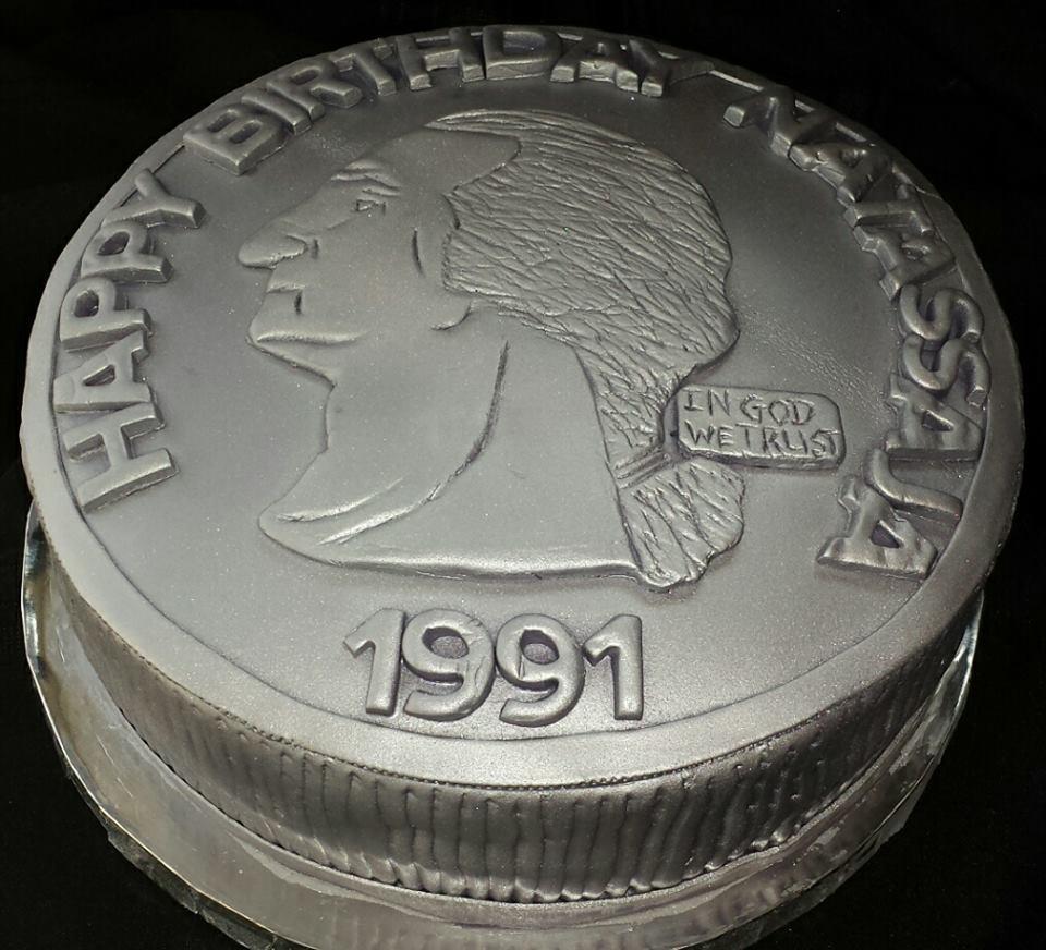 Make Up 40th Birthday Cake Cadillac Los Angeles